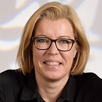https://coiffeur-driescher.de/wp-content/uploads/2020/01/Nicole-Driescher-2020.jpg